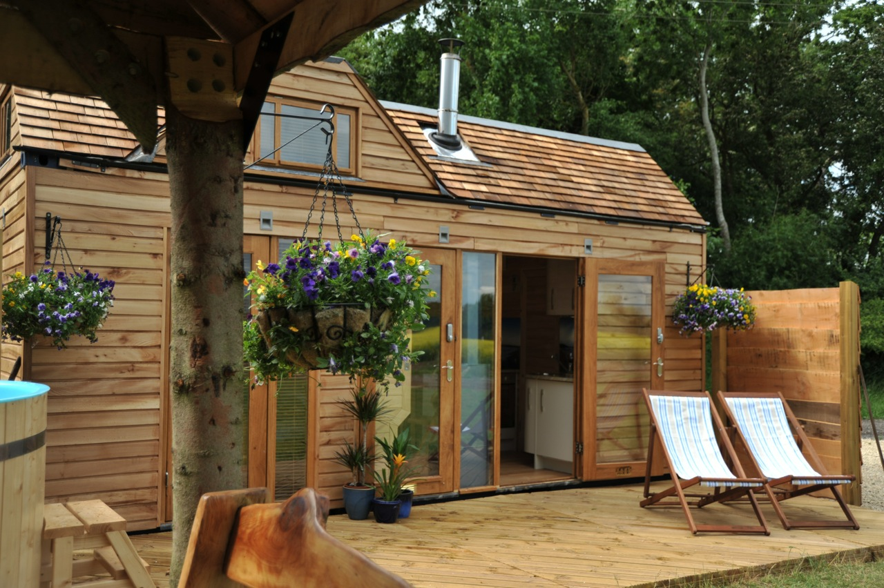What is the right price for a wooden house for What is the cost of building a home
